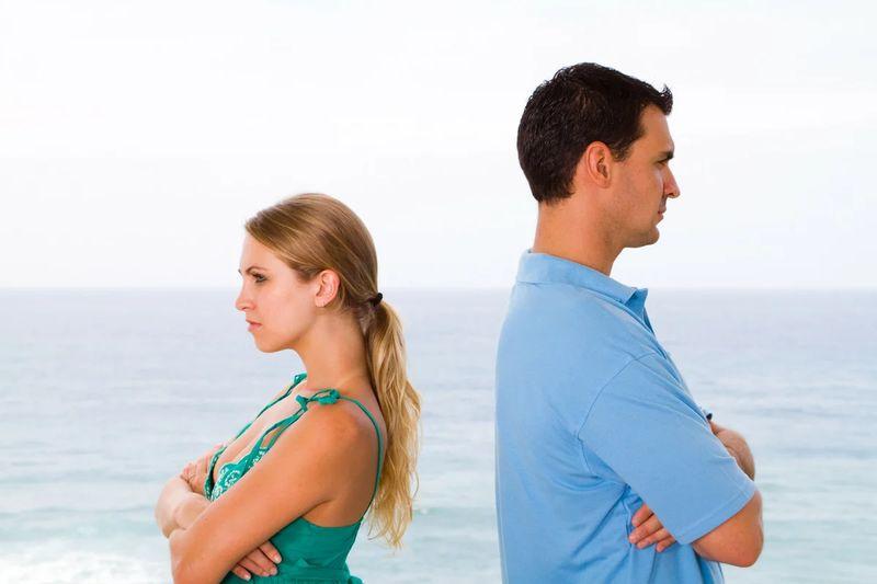Кризис в отношениях по годам в браке: 3, 7, 10, 12,15 лет и другие